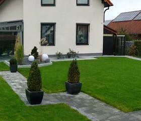 Garten, Rollrasen, Gartenwege