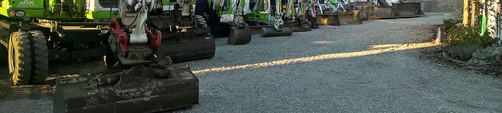 Maschinenpark - Bagger und Radlader